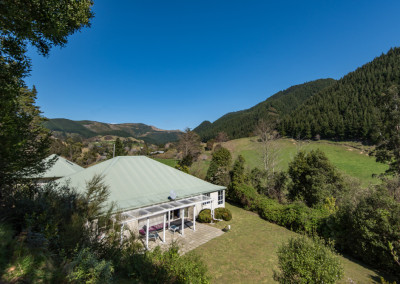 253 Lud Valley, Hira